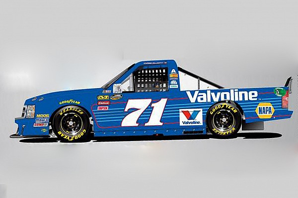 Chase Elliott enters Truck race for first time in three years