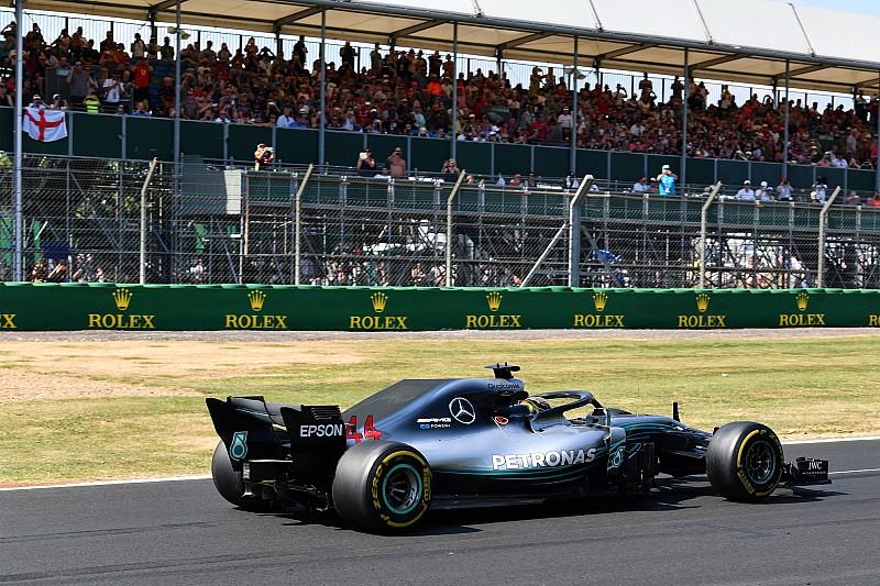 """Hamilton: Silverstone új DRS-zónája """"értelmetlen és veszélyes"""""""