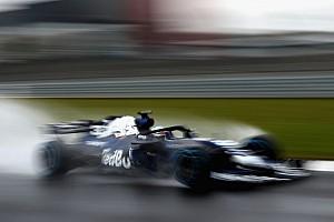 Forma-1 Motorsport.com hírek ÉLŐ F1-ES MŰSOR: Itt az új Red Bull, jön a Mercedes, a Ferrari... KEZDŐDIK! (LIVE)