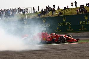Stop/Go Livefeed Képeken Vettel súlyosan megsérült padlólemeze Kínából