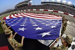 NASCAR Cup Últimas notícias NASCAR não se opõe a protestos, mas pede respeito a hino