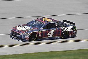 NASCAR Cup Qualifyingbericht NASCAR in Talladega: Harvick nach Plate-Anpassung auf Pole