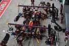 A Red Bull és Verstappen hihetetlenül gyors bokszkiállása Sepangból (videó)