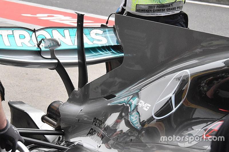 """【F1】フェルスタッペン、""""脱落""""Tウイングでマシンにダメージを負う"""