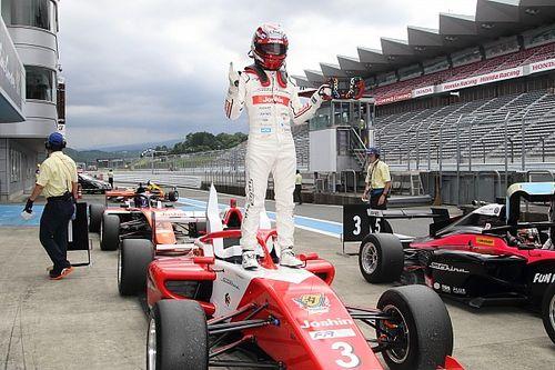 FRJ第3戦も阪口晴南が圧勝、最終ラップまで攻め続ける走りをみせ3連勝