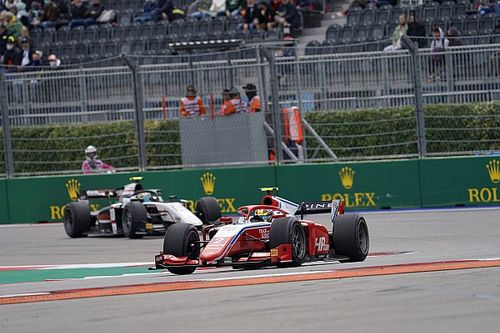 F2 Sochi: Piastri strengthens title push with feature race win