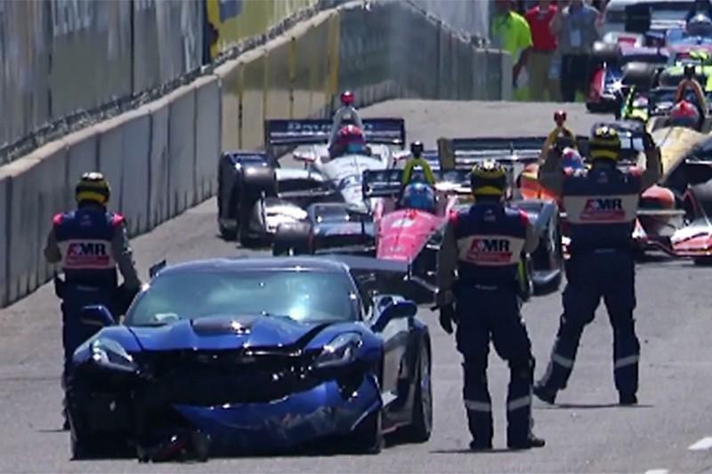 Відео: дивна аварія пейс-кара перед стартом гонки Indycar