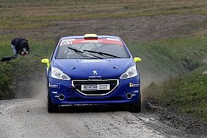 Rallye suisse Rapport d'étape Rallye Pays du Gier : Thomas Schmid s'illustre en Junior