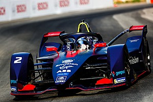 На тестах Формули E Бьорд виявився найшвидшим, Вандорн зупинився на трасі