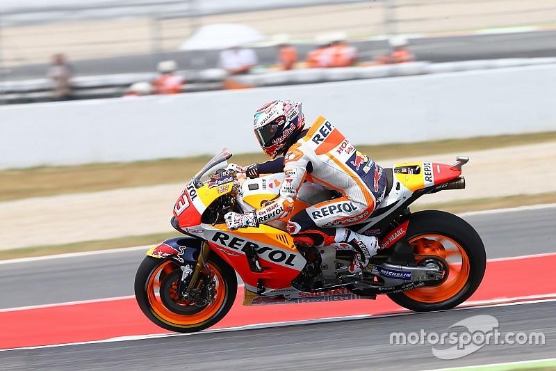 Barcelona Motogp Marquez Tops Fp3 Vinales And Rossi To Q1