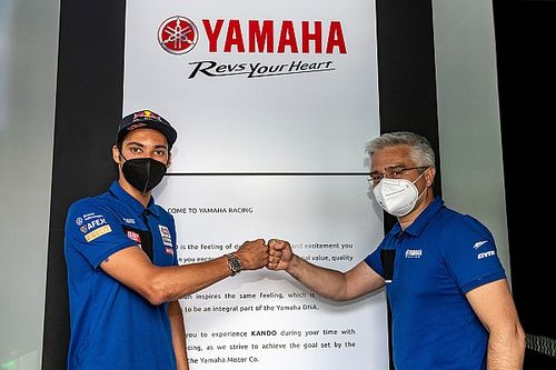 Yamaha WSBK squad signs fresh deal with Razgatlioglu