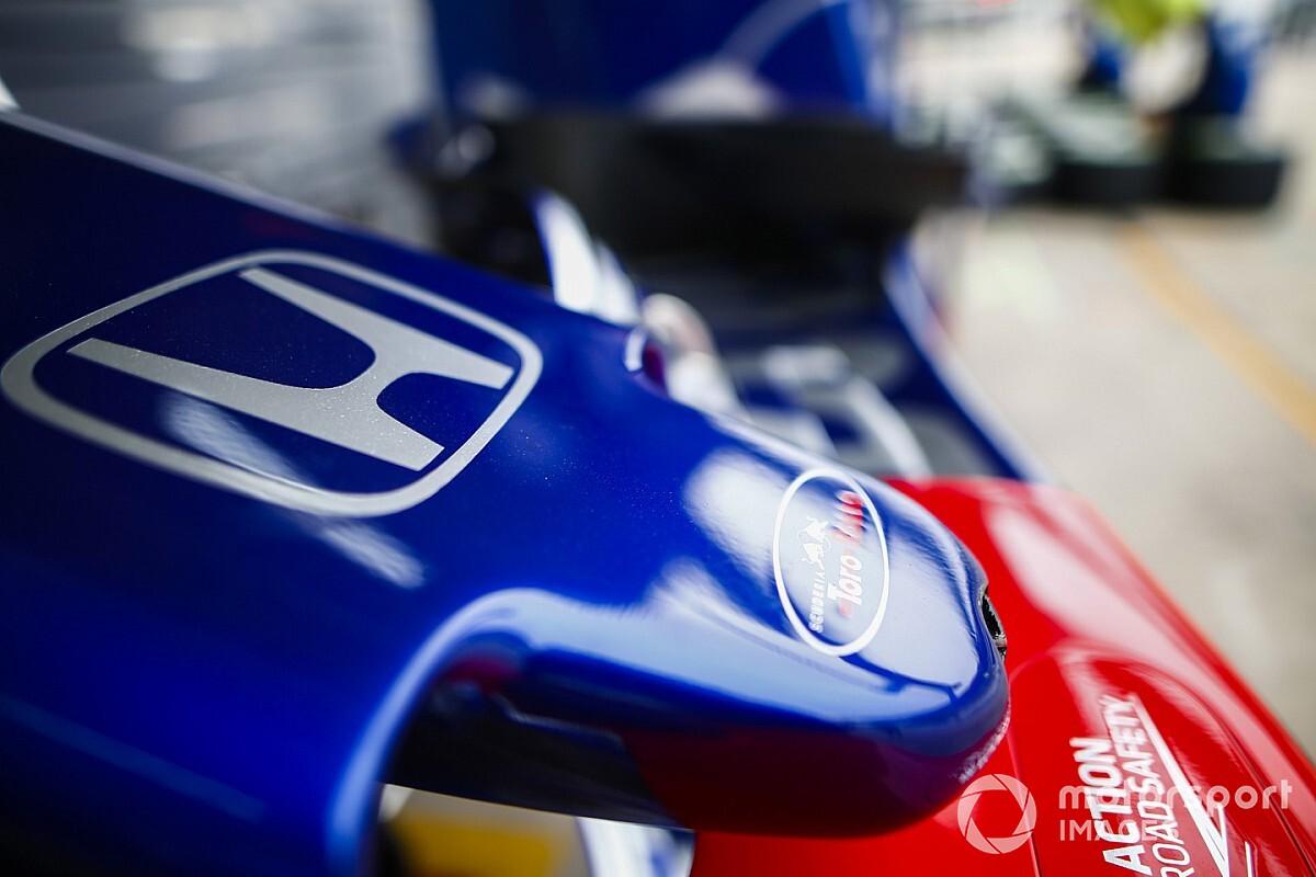 Машина Toro Rosso першою пройшла краш-тест FIA