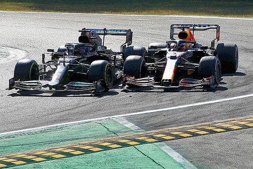 Hamilton defiende su movimiento: Verstappen sabía lo que sucedería