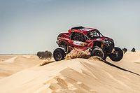 Baja Dubai: Laia Sanz brilla en su debut en coches y roza el podio