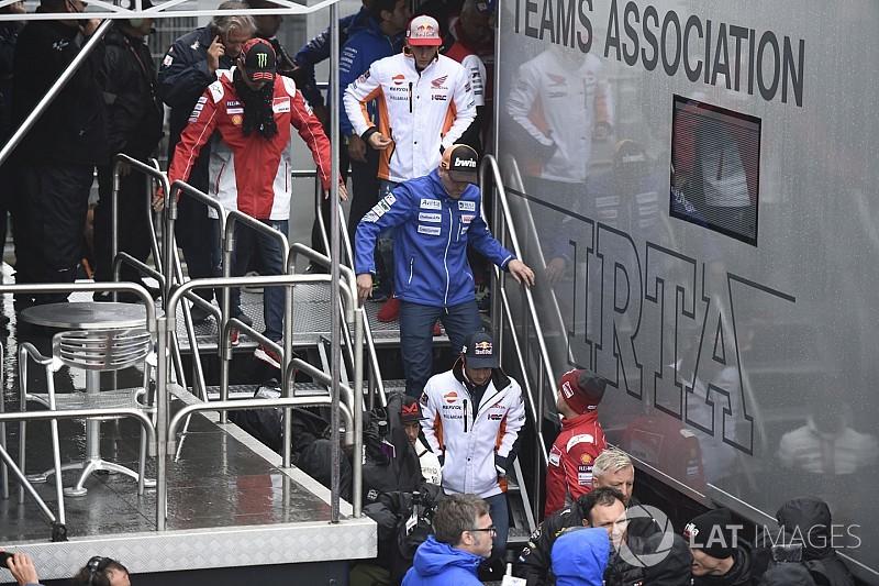 """Ducati, """"ani ve plansız"""" yapılan sürücü toplantısını eleştiriyor"""