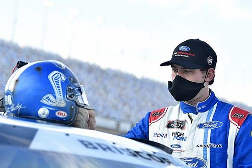 Late-race pass powers Chase Briscoe to Bristol Xfinity win