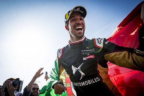 Да Кошта выиграл третью подряд гонку Формулы Е