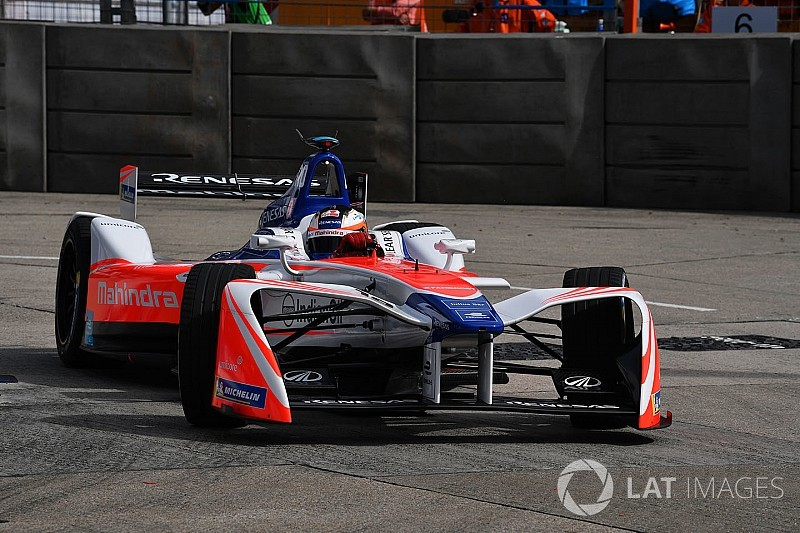 Hong Kong ePrix: ikinci yarışta pole 0.054 saniye farkla Rosenqvist'in!