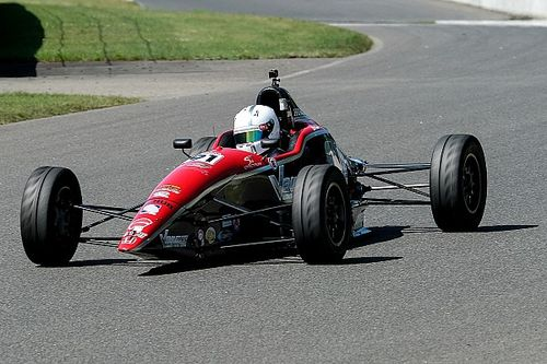 Taskinen, Goikhberg win F1600 Canada races at Mont-Tremblant
