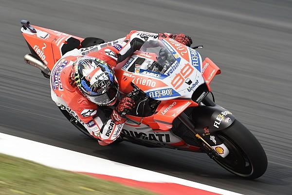 Лоренсо выиграл вторую гонку подряд