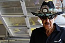 Fans given chance to win custom Camaro SS and drive with Richard Petty
