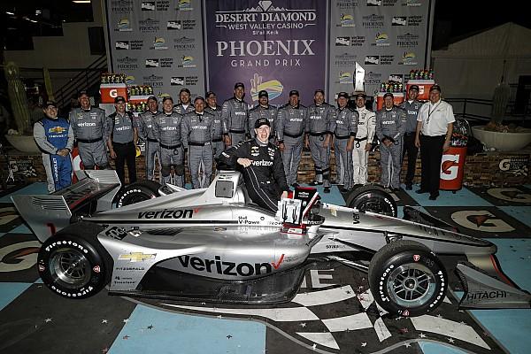 IndyCar Race report IndyCar: Newgarden kalahkan Wickens-Rossi di Phoenix