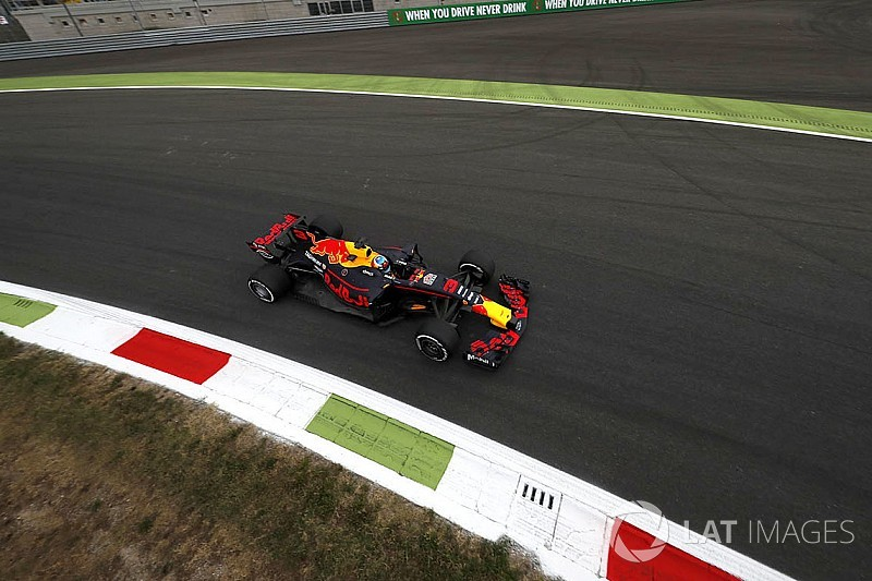 Grid penalties confirmed for Red Bull drivers, Sainz