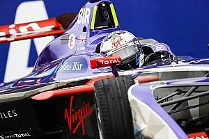 Formule E Verslag vrije training Formule E New York: Bird snelste in derde training, Frijns crasht