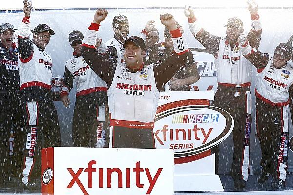 NASCAR XFINITY Hornish prevails in crash-filled NASCAR Xfinity race at Mid-Ohio