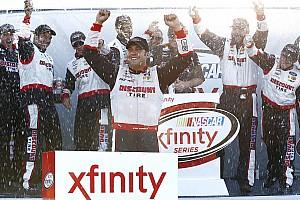 NASCAR XFINITY Reporte de la carrera Hornish prevalece y gana una accidentada prueba en Mid-Ohio