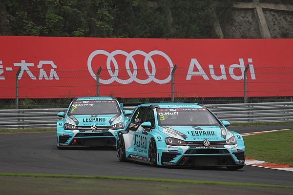 TCR Pole position di Rob Huff a Zhejiang nel dominio Volkswagen