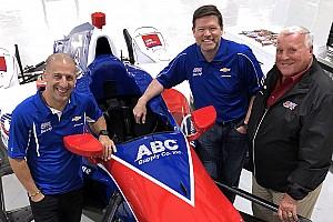 IndyCar Actualités Tony Kanaan rejoint l'écurie d'A.J. Foyt