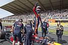 Forma-1 Frissített képgaléria Verstappen hollandiai F1-es parádéjáról