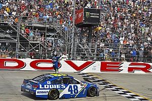 NASCAR Cup Rennbericht NASCAR: Jimmie Johnson holt 11. Dover-Sieg in letzter Sekunde