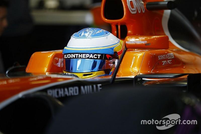 Алонсо смог проехать только три поворота в первой сессии ГП Испании