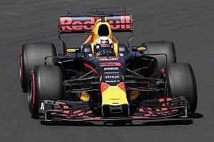 Ricciardo: Mercedes'i motor modu olmadan yenemeyiz