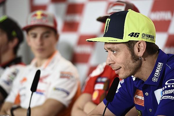 MotoGP Росси назвал попытку Маркеса извиниться насмешкой и пиаром