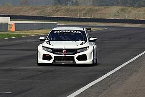TCR Ultime notizie RKC/TGM Motorsport porta al debutto la nuova Honda Civic TCR a Dubai