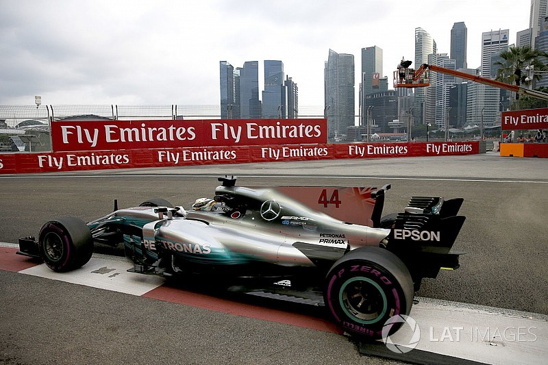 Акулячі пливці машин Формули 1 залишаться у 2018 році?