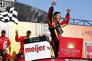 NASCAR Cup Relato da corrida Larson mostra força no final e vence em Michigan