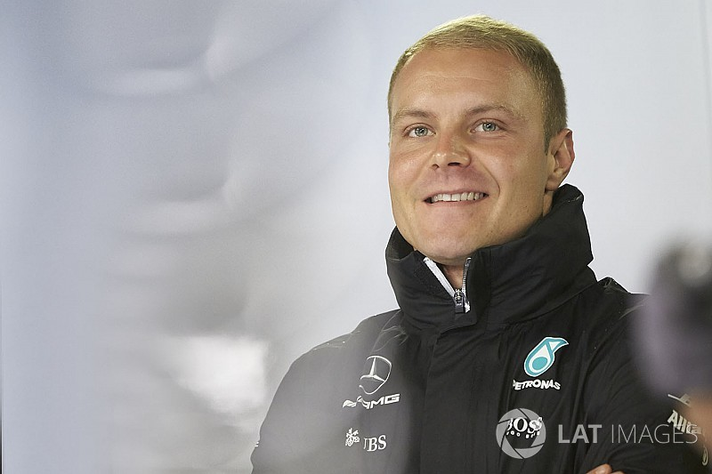 Resmi: Bottas 2018 sezonunda da Mercedes'te!