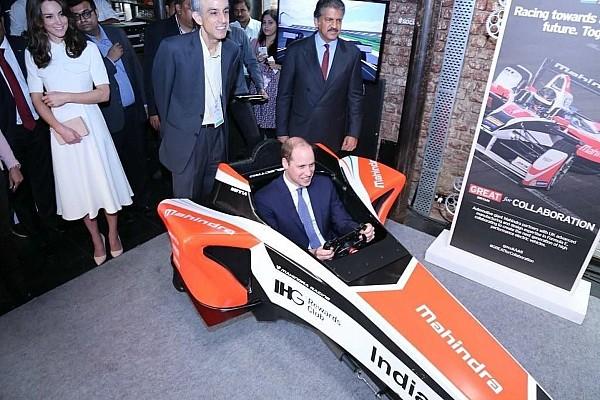 Anche il principe William al simulatore della Mahindra!