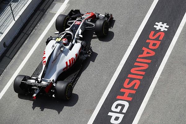 Reprimenda a Magnussen per aver chiuso Leclerc nella FP1