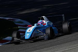 Formule Renault Kwalificatieverslag FR2.0 Silverstone: Defourny in spectaculaire kwalificatie naar pole-position