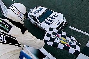 NASCAR Cup Gara Keselowski vince a Martinsville e coglie il secondo successo del 2017