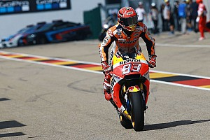 MotoGP BRÉKING Új vázat próbálgatnak a hondások a MotoGP brnói tesztjén