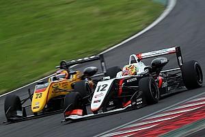 JAPANESE F3 Reporte de la carrera Alex Palou sigue pisando el podio en la F3 Japonesa
