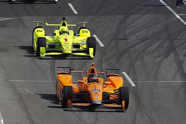 IndyCar Самое интересное Здесь вам не Монако. Как Алонсо обгонял в Индианаполисе