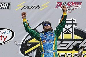 NASCAR XFINITY Reporte de la carrera Aric Almirola triunfa en la accidentada carrera en Talladega