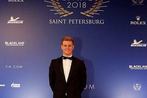 Schumacher: Formula 1 hayalime bir adım daha yaklaştım